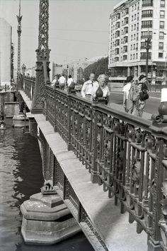 East Berlin 1989: Weidendammer Bridge.