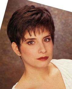 short hairstyles for women over 50 - Bing Images by Lensia