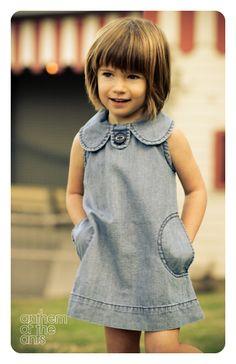 schattig kindje met mooie kleding