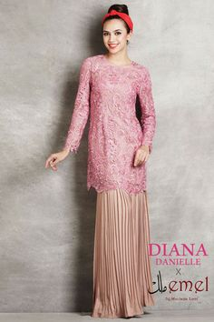 Embroidered Lace Kurung with Pleated Skirt http://www.emelbymelindalooi.com/collections/baju-raya-2014-emel-by-melinda-looi-dd-x-emel