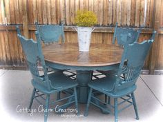 Two tone country kitchen table/chairs.  I wonder if Neil would let me do this?  It's the exact set we have in the basement?!?