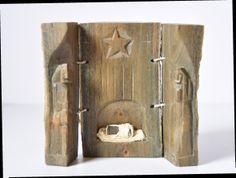 """Exposición en un """"El món en un betlem"""" Tablas Armoire, Furniture, Home Decor, Boards, Navidad, Clothes Stand, Homemade Home Decor, Closet, Home Furnishings"""