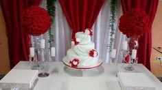 Resultado de imagem para decoração de casamento branco e vermelho