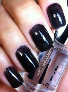 Aphrodite Blackhole black glitter