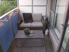 19 ideas for apartment patio privacy master bedrooms Apartment Balcony Garden, Apartment Balcony Decorating, Apartment Balconies, Apartment Deck, Bedroom Balcony, Balcony Gardening, Condo Decorating, Balcony Furniture, Outdoor Furniture Sets