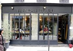 You could think Parisians hate American lifestyle, but pass by Frenchie To Go and you'll notice they're in love with pulled pork sandwich and lobster roll. Sandwich Bar, Deli, Parisian, To Go, Fire, Modern, Home Decor, Google Search, Snack Bar