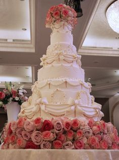Wedding Cake gallery, including Luxury Victorian and Vintage Cakes Extravagant Wedding Cakes, Amazing Wedding Cakes, Unique Wedding Cakes, Wedding Cake Designs, Fancy Cakes, Mini Cakes, Cupcakes, Cupcake Cakes, Pretty Cakes