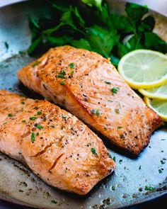 Here's how to make pan seared salmon at home! It's a favorite easy way to cook fish in a flash, and the flavor is unbeatable. | salmon recipes | healthy dinner recipes | easy meals | #salmon #seared #searedsalmon #pansearedsalmon #salmonrecipe #healthysalmonrecipe Seared Salmon Recipes, Pan Fried Salmon, Pan Seared Salmon, Shellfish Recipes, Seafood Recipes, Healthy Tuna Recipes, Pesto Salmon, Salmon Seasoning, Couple Cooking
