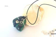 Collier pendentif pierre de Malachite verte et noire fil de cuir Magic Celtic…