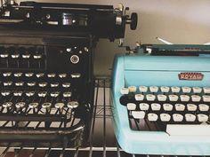 #vintage #typewriter #turquoise