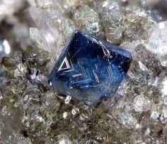 Anatase crystal