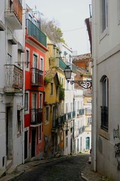 Join me for a wander through the streets of Lisbon. From Cais do Sodre to Madrogoa. Part of the Lisbon experience, is wandering through side streets without a schedule. You must visit the neighborhood alleyways, and stroll the hills to realize the full experience of this city!  You might also like: A Travel Guide …