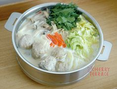 挽肉団子入り豆乳鍋 | e-gohan