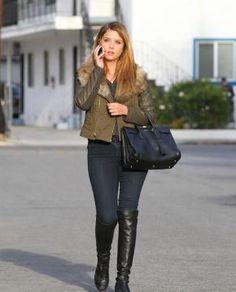 Look d'Ashley Benson : Casual chic pour un rendez-vous à Los Angeles !