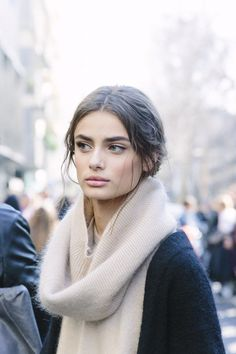 Taylor Hill shows how to wear a laid back messy low bun, perfect for a weekend or off-duty beauty look