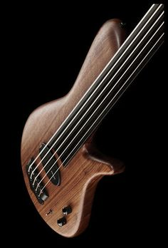 Franz Bassguitars Sirius 5 Walnut Fretless - Thomann - available: thomann.de