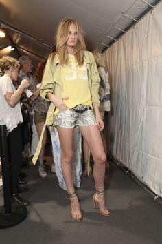 Doin' Bradshaw Proud — Iloveyouwildfox Diva Fashion, Editorial Fashion, Fashion Models, Womens Fashion, Fashion Trends, Dedicated Follower Of Fashion, Fashion Network, Classy And Fabulous, Summer Looks