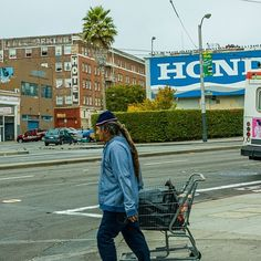 Shopping, San Francisco by Dale Hibler - Photo 148698451 - 500px