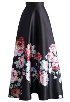 Endless Blooming Rose Maxi Skirt - Skirt - Bottoms - Retro, Indie and Unique Fashion Look Fashion, Unique Fashion, Womens Fashion, Floral Fashion, Modest Fashion, Hijab Fashion, Long Skirt Fashion, Long Skirt Outfits, Long Maxi Skirts
