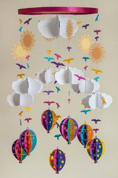 Hot Air Balloon Mobile in Pink, Blue, Pur. Paper Mobile, Mobile Art, Hanging Mobile, Diy Hanging, Kids Crafts, Diy And Crafts, Craft Projects, Arts And Crafts, Craft Ideas