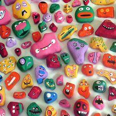 Une famille peint 1000 pierres et organise un grand jeu de chasse au trésor dans la ville !
