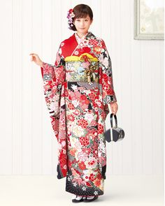 Inspiration: Japanese kimonos #housebeautiful #dreamlivingroom