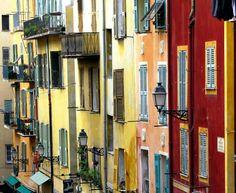 Rue Rossetti, au coeur du Vieux Nice