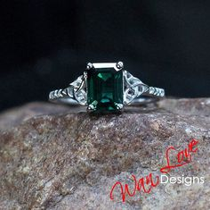 Emerald & Diamond Celtic Knot Engagement Ring 2ct-8x6mm-Custom made-10k 14k 18k White Yellow Rose Gold-Platinum-Wedding-Anniversary Gift