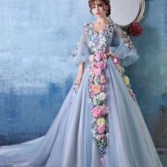 Cheap style wedding gowns, Buy Quality wedding gowns directly from China wedding gowns style Suppliers: Vivian's Bridal 2016 New Style Fairy Tale Luxury Flowers V-Neck Sexy Wedding Dress White Wedding Gown With Long Sleeves Blue Ball Gowns, Ball Gowns Evening, Evening Dresses Online, Cheap Evening Dresses, Ball Dresses, Prom Dresses, Evening Party, Wedding Dresses For Curvy Women, White Wedding Gowns