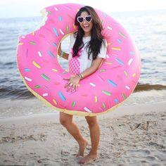 Mmmmm…donut It looks good enough to eat, and in fact, someone took a bite out of our best selling Giant Strawberry Donut Float. At 4 feet wide, this float is comfy enough for an entire day at the pool Summer Of Love, Summer Fun, Structures Gonflables, Ft Tumblr, Fitness Video, Giant Inflatable, My Pool, Pool Floats, Pool Toys