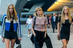 Diego Zuko snaps the fashion girls in Italy. Plus see the best street style from New York and London Spring Milan Fashion Week Street Style, Model Street Style, Spring Street Style, Cool Street Fashion, Street Style Looks, Paris Fashion, Friends Fashion, Girl Fashion, Fashion Beauty