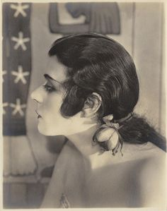 Cinema's First Sex Symbol was also America's First Goth Silent Film Stars, Movie Stars, Classic Hollywood, In Hollywood, Vintage Hollywood, Hollywood Glamour, Hollywood Actresses, Film D'action, Vintage Photos Women