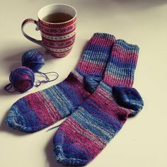 Sockenstrick-Tag 🙌🎉 #knittersofinstagram #knittinglove #knitting #opal #socken #socks #yarn #strickliebe #stricken #lisibloggt
