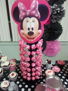 Mimichee 's Birthday / Mickey Mouse / Minnie Mouse - Photo Gallery at Catch My Party Minnie Mouse Theme Party, Fiesta Mickey Mouse, Theme Mickey, Minnie Mouse 1st Birthday, Minnie Mouse Baby Shower, Minnie Mouse Pink, Mickey Party, Minnie Mouse Favors, Decoration Minnie