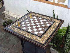 Tabuleiro de Xadrz-Mosaico-01-Geral-55x55-8-Kg-R$ 240,00 (ArtesanatoTH) Tags: table mosaic mosaico chez tisch mesa tampo sakk mozaik tabuleiro schach asztal xadrz tabuleirodexadrz