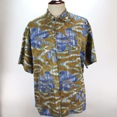 Hilo Hattie Hawaiian Shirt Mens size 2XL Button Front Camp Leaves made in Hawaii #HiloHattie #Hawaiian
