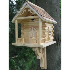 Indoor or out, this is a splendid roost for your feathered friends. It is made with high quality wood and sealed to keep out the weather, season after season, year after year.