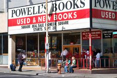 quite possibly the greatest bookstore in the world - Powell's in Portland, Oregon    powells.com