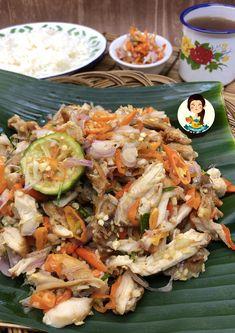 Ayam Suwir Sambal Matah – Cooking with Sheila Food N, Food And Drink, Nasi Bakar, Indonesian Cuisine, Asian Recipes, Ethnic Recipes, Fast Food, Malaysian Food, Chicken Recipes