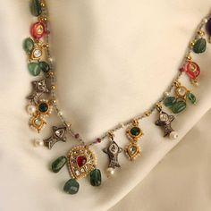Jewelry Design Earrings, Coral Jewelry, Gems Jewelry, Necklace Designs, Bridal Jewelry, Fine Jewelry, Jewellery Designs, Uncut Diamond, Diamond Cuts