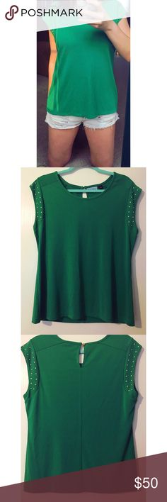 Cynthia Rowley Top This beautiful Cynthia Rowley Top is perfect for classing up St. Patrick's day! It's in near perfect condition - no flaws. Only worn a couple of times. Super flown and comfy! Size large.  ✨Bundle 2 or more things and save 15% on your purchase!✨   ▪️Same day/Next day shipping!  ▪️Smoke free home!  ▪️The measurements are a 40in bust and approx 16in length. ▪️No trades! Cynthia Rowley Tops
