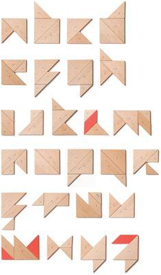 Alphabet   Tangram                                                         by Oriol Gayán