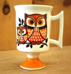 Have you ever visited Kayla of the Dainty Squid ? If you love color, vintage knick knacks, woodland creatures, mushrooms, cats and a flair . Owl Kitchen, Owl Mug, Owl Crafts, Ceramic Owl, Wise Owl, Vintage Owl, Cute Mugs, Mug Designs, Creations