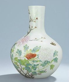 A magnificent and rare famille rose vase, tianqiuping, Yongzheng six-character seal mark and of the period (1723-1735). Estimate: HK$12,000,000-15,000,000/US$1,600,000-1,900,000. Photo: Christie's Images Ltd 2014.