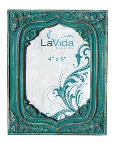 Rustic Looking Photo Frame with Oak Leaf Detail