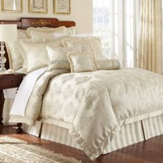 Marquis by Waterford Hadley 4-pc. Comforter Set - King