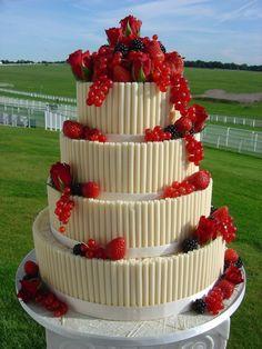 Torte nuziali bianche e rosse (Foto) | Matrimonio