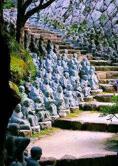 Walk the Statue Stairs, Kyoto, Japan