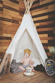 "I have officially found my ""pinspiration theme for Gav's bday party!) Where The Wild Things Are Inspired First Birthday Photo Session By Unique Design Studios Photography Wild One Birthday Party, 1st Birthday Photos, Baby First Birthday, Birthday Bash, First Birthday Parties, Birthday Ideas, Wild Ones, Wild Things, Accessoires Photo"