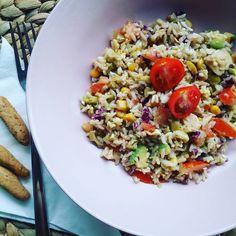 """106 Me gusta, 4 comentarios - Mum&HealthyFoodRecipes (@mariawheats) en Instagram: """"Esta foto es de hace unos dias, pero es excelente para el veranito. Ensalada de arroz!  1 taza de…"""""""
